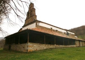 800px-vista_exterior_del_santuario_de_benduenos-_parte_nor-occidental